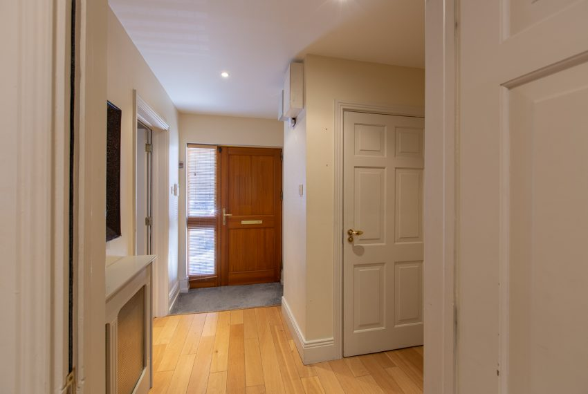 B-Hallway-04