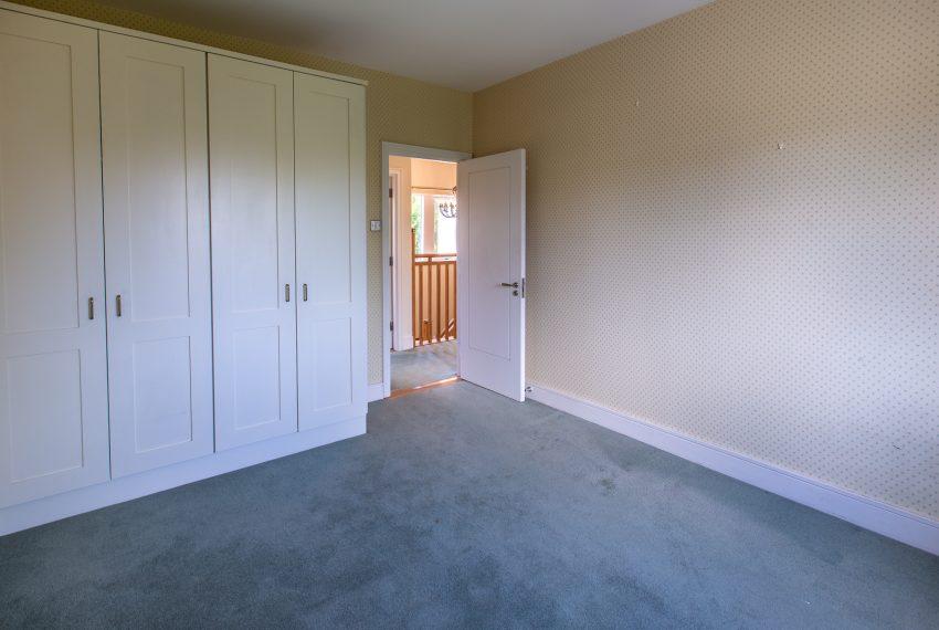C-Bedroom4-002